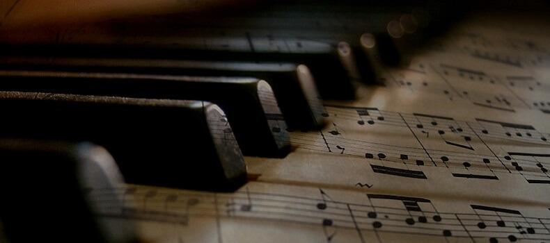Συναυλία φοιτητών του Τμήματος Μουσικών Σπουδών με έργα για πιάνο στα πλαίσια του μαθήματος «Ρεπερτόριο Ελλήνων Συνθετών»